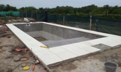 construccion-piscinas-hormigon-piletas-de-diseno-4157-MLA157455969_4365-O